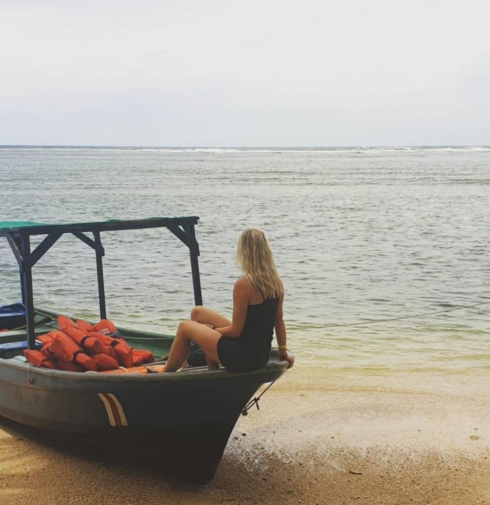 alleen vrouw Costa Rica reizen